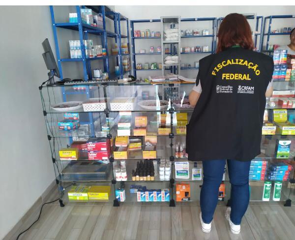 CRF-AM fiscaliza 2530 estabelecimentos de janeiro a agosto